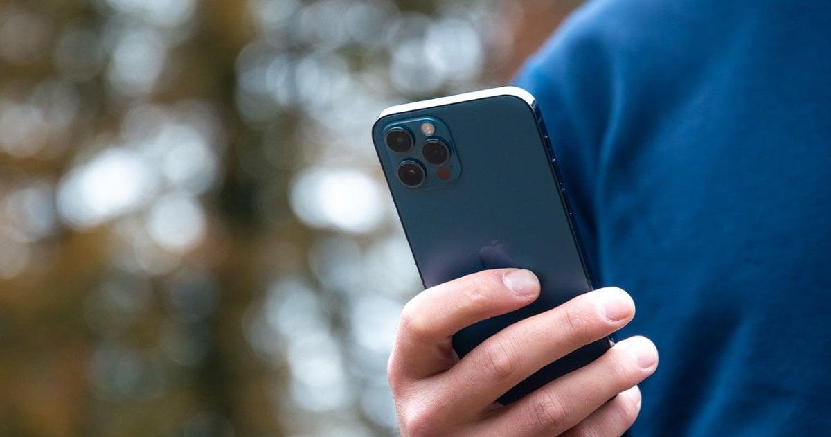 iPhone 12 Pro Azul 1
