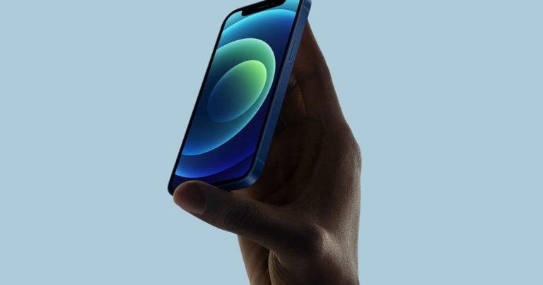 Apple ने एक iPhone नैनो पर काम किया जिसने कभी दिन का उजाला नहीं देखा